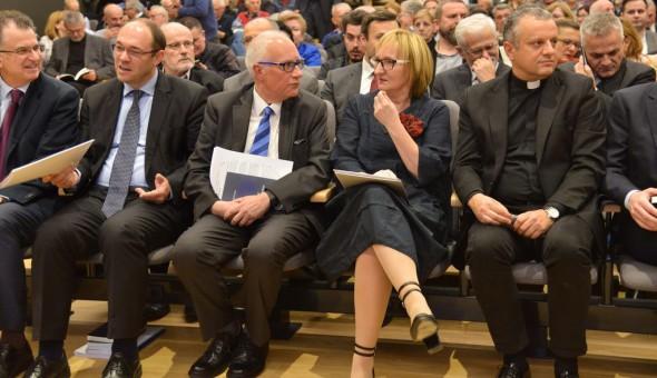 """Predstavljanje knjige """"Hrvatski pod KOS-ovim krilom: Završni ra"""